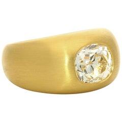 Hancocks 22 Carat Satin-Finish Gold Gypsy-Set with 2.64 Carat Diamond Ring