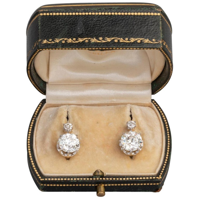 4.5 Carat Antique Belle Epoque French Diamonds Earrings For Sale