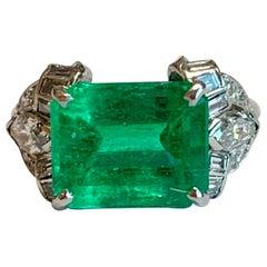 Später Art Déco kolumbianische Smaragd Platin Diamant-Ring