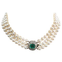 Estate 1950s 4 Carat Emerald and 3 Strand Pearl Choker 14 Karat Necklace