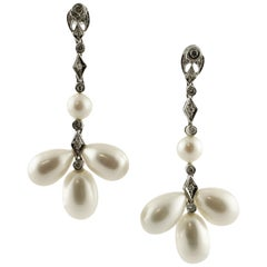 9 G White Pearls, 0.45 Carat White Diamonds White Gold Chandelier Earrings
