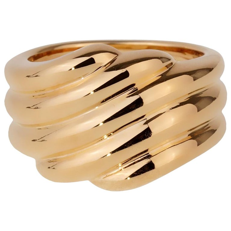 Van Cleef & Arpels Yellow Gold Cocktail Ring For Sale
