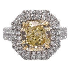 Platinum Canary Ring 2.48 Carat Radiant Cut Internally Flawless GIA Fancy Yellow