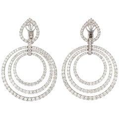 18 Karat White Gold and Diamond Concentric Circle Dangle Earrings 4.50 Carat