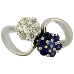 Vintage 18 Karat Gold Ladies Ring with Natural Blue Sapphires and Diamonds