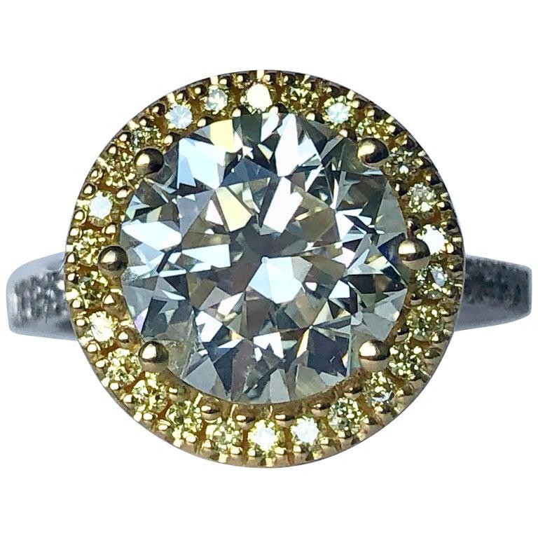Brilliant Cut Diamond Solitaire Fancy Yellow Diamond Halo 18 Karat 4.00 Carat A For Sale