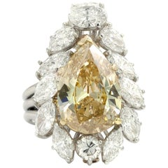 GIA Certified 7.49 Cart Pear Shaped Fancy Brownish Yellow Diamond Ringdent