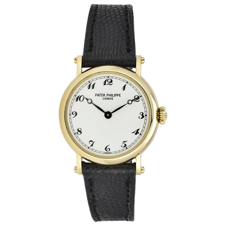 Patek Philippe Ladies Calatrava Wristwatch For Sale