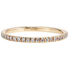 18 Karat Yellow Gold Band Ring with 0.14 Carats Total Weight of Diamonds