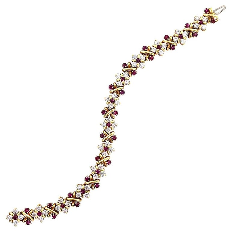 Oscar Heyman Diamond Ruby 18 Karat Yellow Gold Link Bracelet For Sale