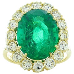 8.30 Carat Oval Emerald and Diamond Cocktail Ring in 18 Karat Yellow Gold
