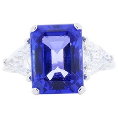 6.27 Carat Emerald Cut Tanzanite and Trillion Diamond Cocktail White Gold Ring