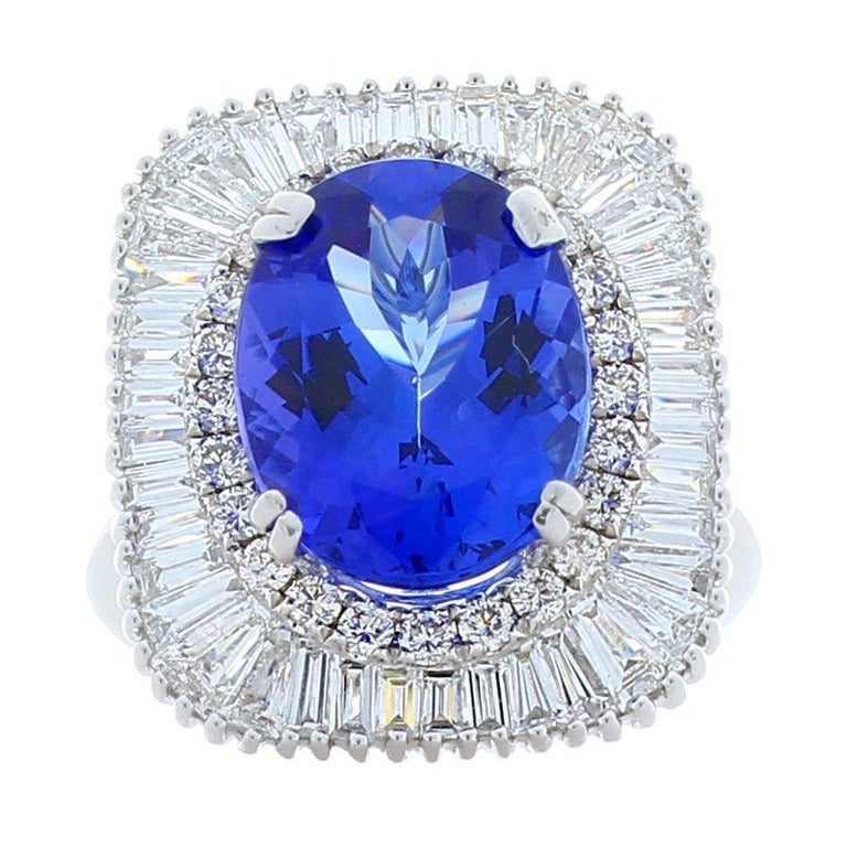 4.66 Carat Oval Tanzanite and Diamond Cocktail Ring in 18 Karat White Gold For Sale