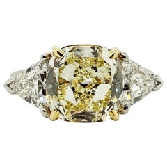Scarselli 5 Carat Fancy Yellow Cushion Cut 'VS2' Diamond Ring in Platinum GIA