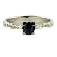 0.27 ct Blue Sapphire, 0.23 ct White Diamonds, 18K White Gold Solitaire Ring