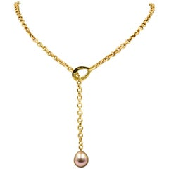 Yvel Necklace in 18 Karat Yellow Gold with Pearl