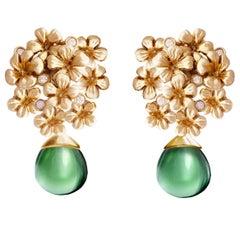 18 Karat Gold Blossom Contemporary Earrings with 0.3 Carat Diamonds