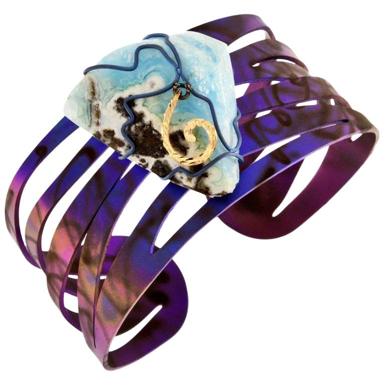 Orsa Maggiore 18 Karat Gold Titanium Hemimorphite Cuff Bracelet For Sale
