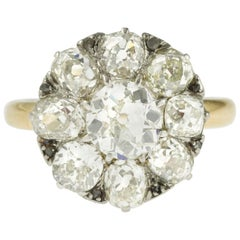 Art Deco French 2.60 Carat Old Cut Diamond Cluster 18 Karat Yellow Gold Ring