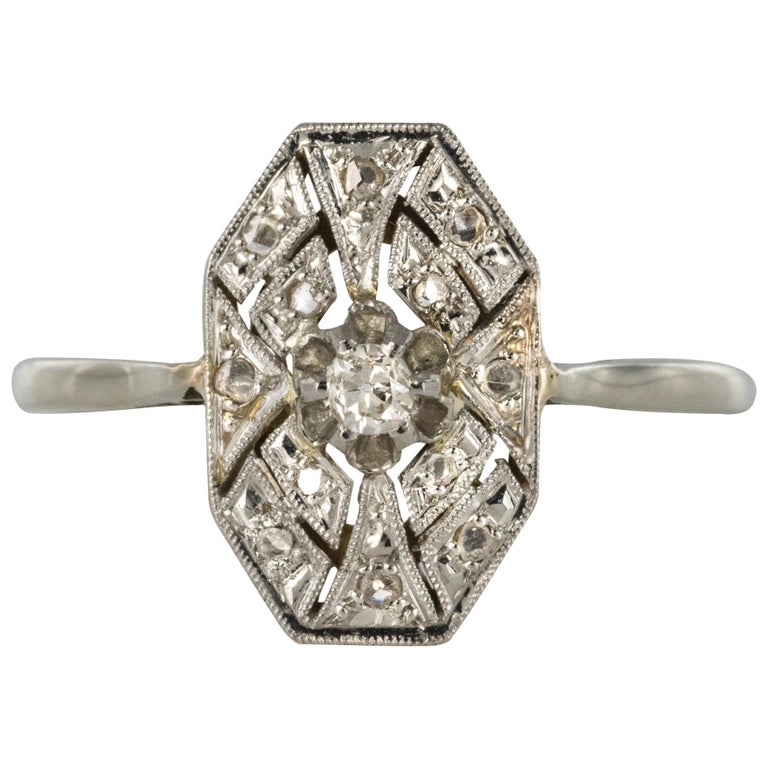 1925 French Art Deco 18 Karat White Gold Platinum Diamond Hexagon Shaped Ring For Sale
