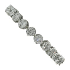 Diamond Tennis Bracelet in Platinum and White Gold 7.20 Carat Petite Size