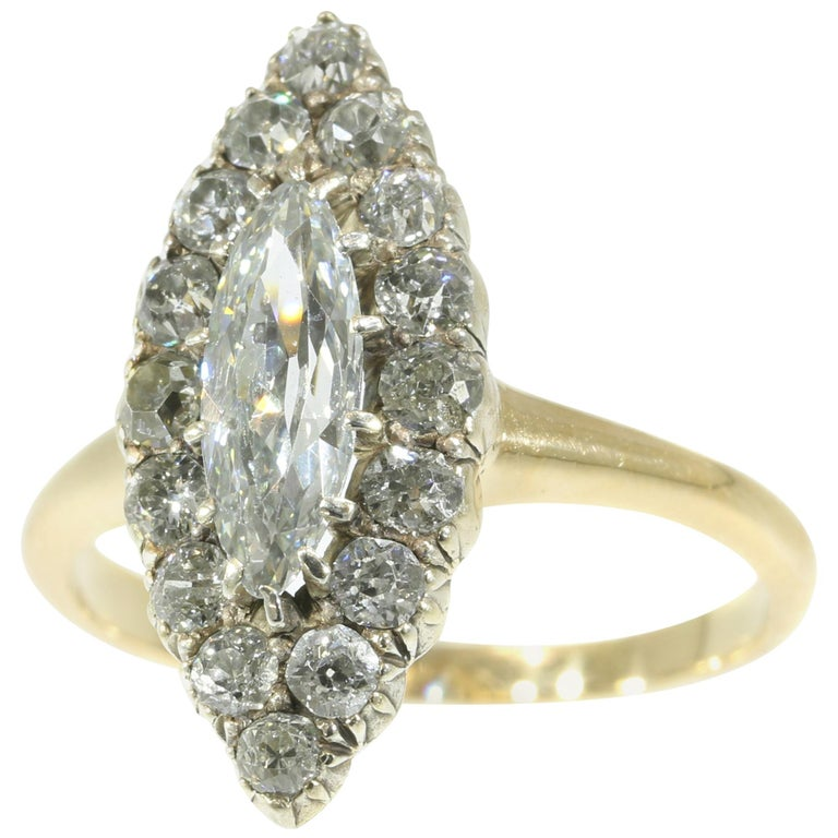 Late Victorian 1.82 Carat Diamond Gold Marquise Engagement Ring, 1880s For Sale