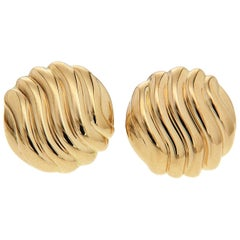 Valentin Magro Wavy Pattern Round Gold Stud Earrings