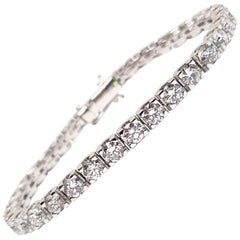 12.40 Carat 18 Karat White Gold Diamond Tennis Bracelet
