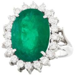 8.50 Carat Emerald and Diamond Set White Gold Ring GIA