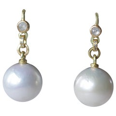 Cream South Sea Pearls Diamond 22 Karat Gold Contemporary Drop Dangle Earrings