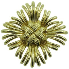 Verdura Gold Brooch