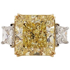 Scarselli 11 Carat Fancy Yellow Radiant Cut VS1 Diamond Ring in Platinum 'GIA'