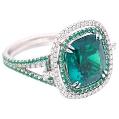 Certified 5.37 Carat Colombian Natural Emerald Diamonds Ring
