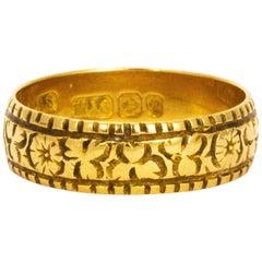Art Nouveau Decorative 18 Carat Gold Band