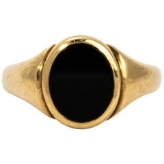 Edwardian Onyx and Gold Signet Ring