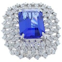 8.62 Carat Emerald Cut Tanzanite and Diamond Cocktail Ring in 14 Karat Gold