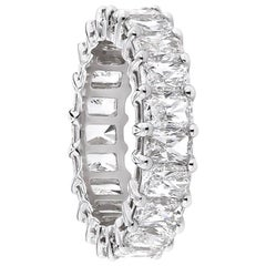 7.30 Carat Total Radiant Cut Diamond Eternity Wedding Band in Platinum
