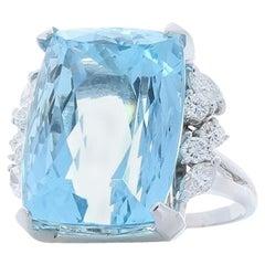 30.63 Carat Emerald Cut Aquamarine And Diamond Cocktail Ring In 18K White Gold