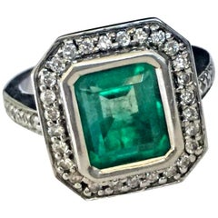 Colombian Emerald Diamond Art Deco Style Ring