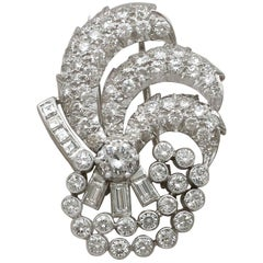 Vintage Art Deco Style 4.95Ct Diamond and Platinum Brooch Circa 1940