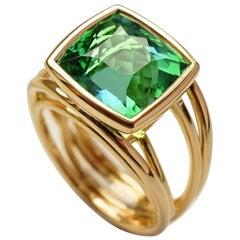 Coralie van Caloens 18k Yellow Gold Cord Band Ring And Green Tourmaline