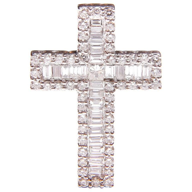 White Gold and Diamond Cross / Crucifix Pendant, 77 Diamonds in Total 1.5 Carat For Sale
