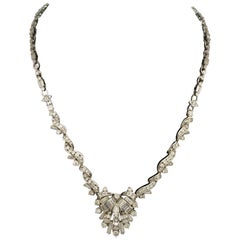 Important Diamond Necklace in 18 Karat White Gold 13.00 Carat Total