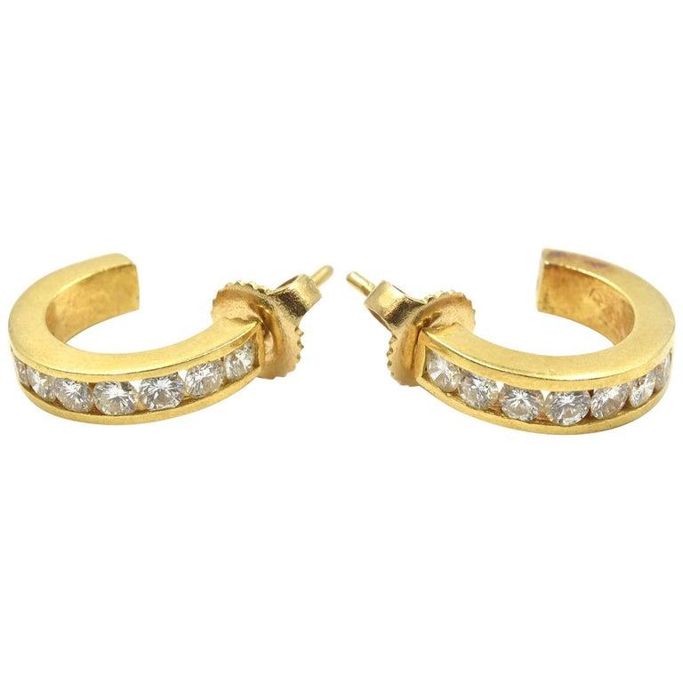0.98 Carat Diamond Huggie Style Hoop Earrings 18 Karat Yellow Gold For Sale