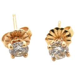 14 Karat Yellow Gold and 0.20 Carat Round Diamond Stud Earrings
