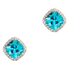 18 Karat White Gold Paraiba Tourmalines 4.65 Carat Diamond Entourage Earrings