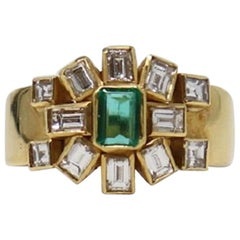 0.96 Carat Emerald Yellow Gold and Diamonds Wedding or Engagement Ring