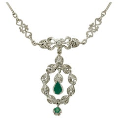 1950s Emerald and 1.02 Carat Diamond White Gold Necklace