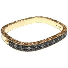 Roberto Coin Venetian Bangle in 18k pink gold with 1.85 carat black and white