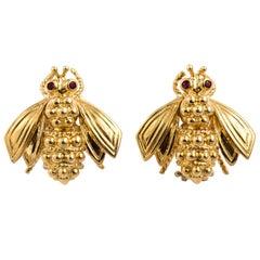 Vintage Tiffany & Co. 18 Karat Gold Sculptural Bee Earrings with Ruby Eyes